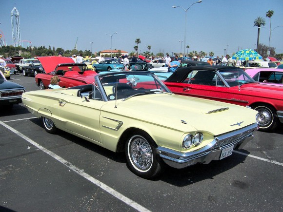 1965_Ford_Thunderbird_Convertible